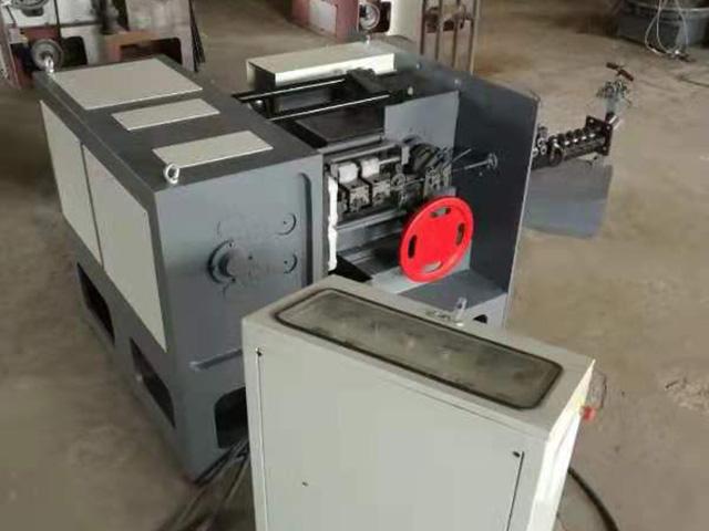 XH-D51 高速低噪音全自动制钉机